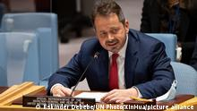 (210714) -- UNITED NATIONS, July 14, 2021 (Xinhua) -- Carlos Ruiz Massieu, special representative of the secretary-general and head of the UN Verification Mission in Colombia, speaks at a UN Security Council meeting on the situation in Colombia at the UN headquarters in New York, July 13, 2021. The peace process in Colombia is entering a critical juncture, the UN envoy for the country told the Security Council on Tuesday. (Eskinder Debebe/UN Photo/Handout via Xinhua)