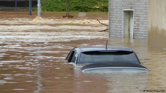Gjermani: Më shumë se 100 të vdekur nga përmbytjet | Gjermania | DW |  16.07.2021