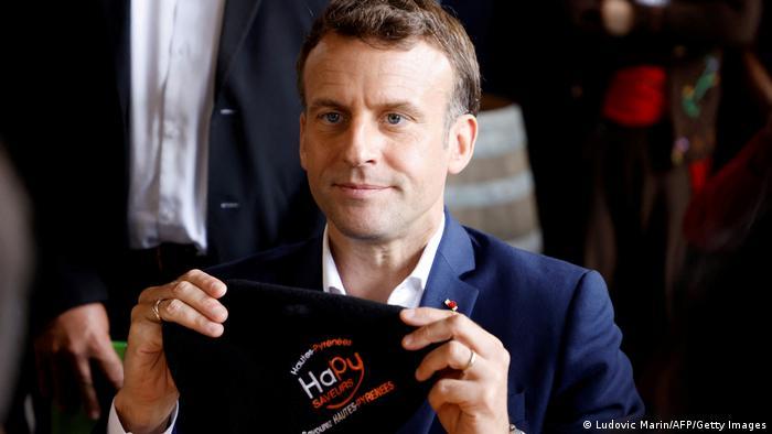 Tour de France | Etappe 15. | Besuch Präsident Emmanuel Macron