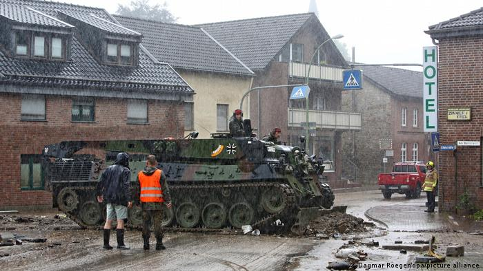 A Bundeswehr armored track vehicle in Aachen