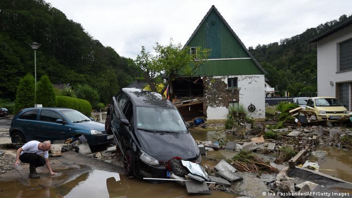 В немецкой деревне после наводнения