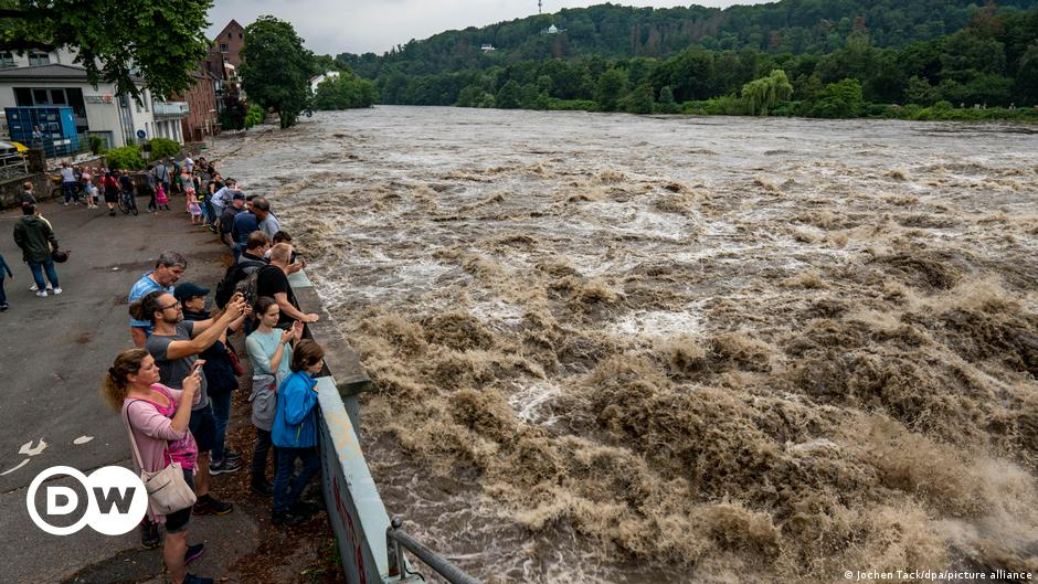 Germany's floods bring climate policy into focus in election year