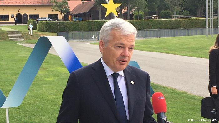 Unijny komisarz ds. sprawiedliwości Didier Reynders będzie kontynuował działania przeciwko Polsce i Węgrom