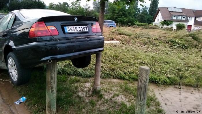 یکی از مسئولان یک شرکت بیمه در آلمان گفته بود که شرکتهای بیمه خود را برای چنین بارندگی سنگینی آماده کرده بودند. اما ابعاد آنچه روی داد به مراتب گستردهتر از آن چیزی بود که این شرکتها پیشبینی کرده بودند.