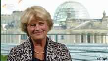 DW-Gespräch mit Kulturstaatsministerin Monika Grütters | @ DW Fotograf: (Stills aus einer DW- Eigenproduktion) Eigendreh Rechte: Vor Benutzung Rechte klären!