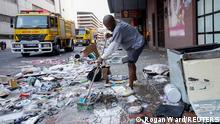 Aufräumarbeiten in Durban (15.07.2021)