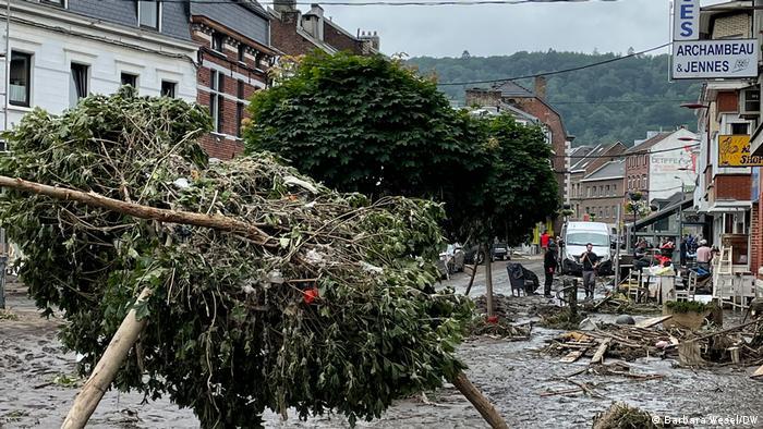 Belgien l Nach dem Unwetter in Pepinster