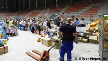 Deutschland, Nürburgring, Sammelstelle für Hilfsgüter und Sachspenden für die Flutopfer.