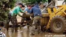 Жители Зинцига устраняют последствия наводнения