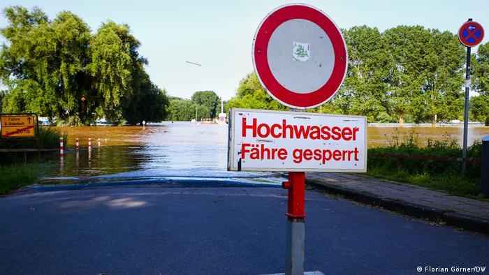 Calles inundadas en Zons, a orillas del Rín entre Colonia y Düsseldorf