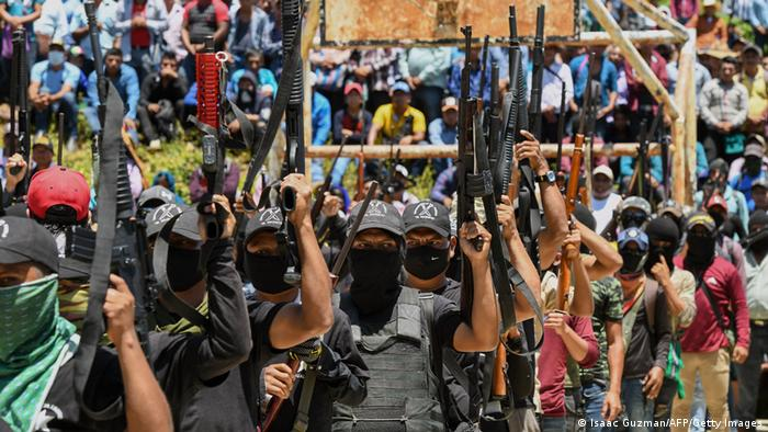 Foto del grupo autodenominado El Machete en Chiapas