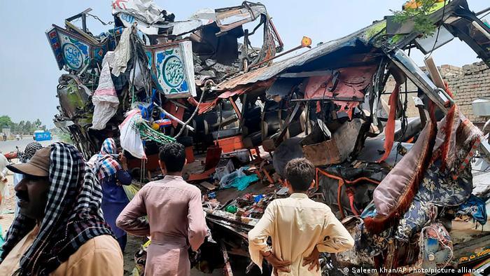 Pakistan schwerer Unfall Dera Ghazi Khan