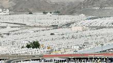 16.07.2021 |Eine Gesamtansicht der Zelte, die für die Pilger in Mina nahe der Stadt Mekka vor der jährlichen Hadsch-Pilgerfahrt aufgebaut wurden. +++ dpa-Bildfunk +++