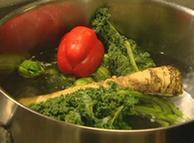 خوراک کم چرب و کم کالری برای سلامت بدن مفید است