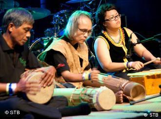 Pingasan'K (Malaysia) Rainforest World Music Festival in Sarawak