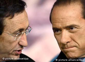 Gianfranco Fini and Silvio Berlusconi speak