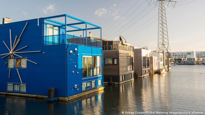 Niederlande schwimmende Häuser Amsterdam