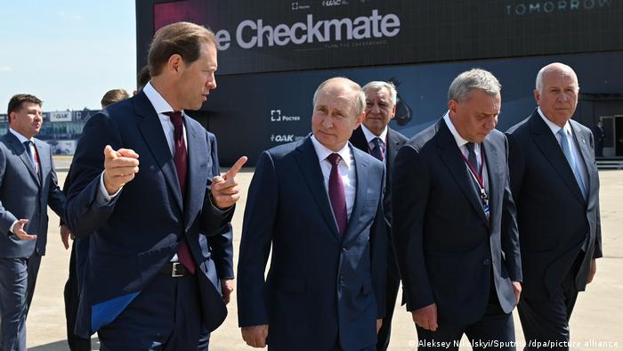 Руският президент Путин се запозна с възможностите на новия изтребител