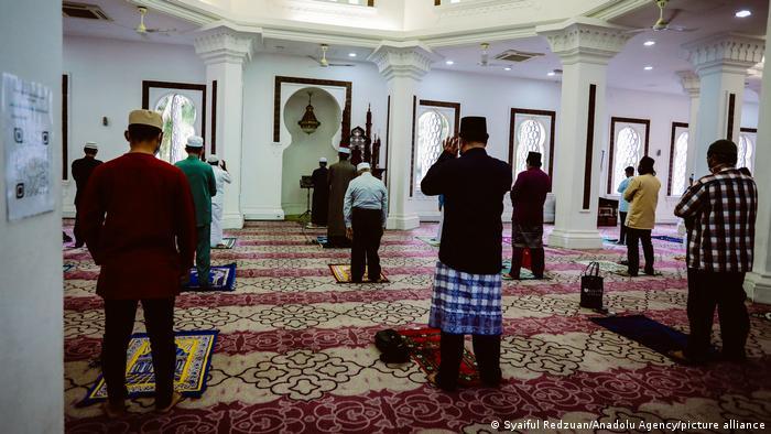 Malaysia Kuala Lumpur |Islamisches Opferfest |Gebet in der Jamek-Moschee