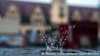 Ο Φερδινάνδος φέρνει ψύχρα και βροχή στη Γερμανία