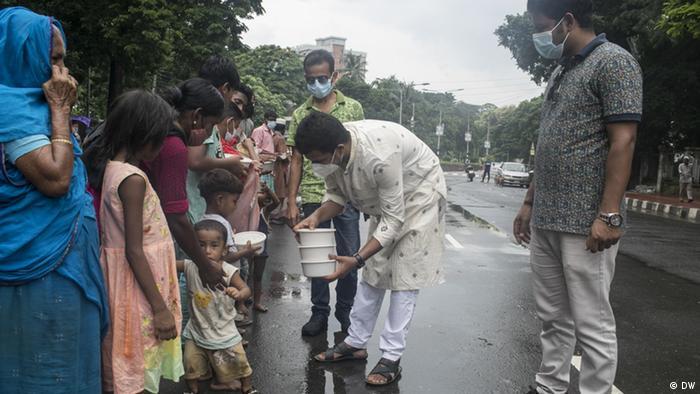 Bangladesh | distributing food to the poor at Eid Day