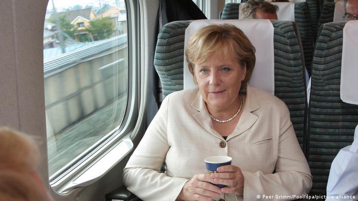 Angela Merkel în 2007, în drum spre Kyoto