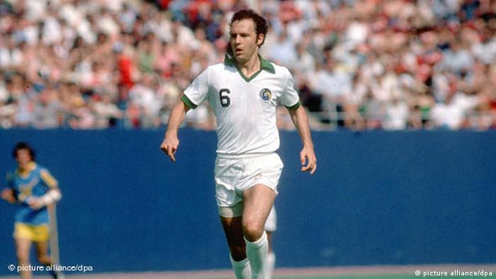 Franz Beckenbauer playing for New York Cosmos