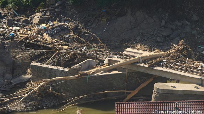 Питання захисту клімату майбутньому уряду Німеччини не уникнути. На фото: наслідки катастрофічної повені в долині річки Ар, липень 2021 року