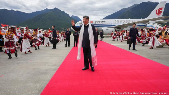 中国国家主席、中共中央总书记习近平7月21日访藏的图片
