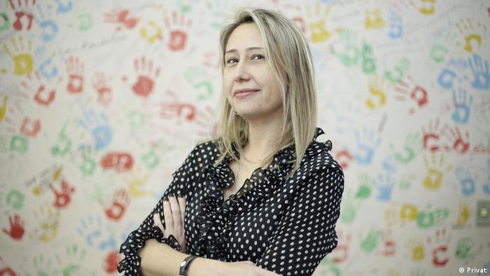 Larissa Bombardi