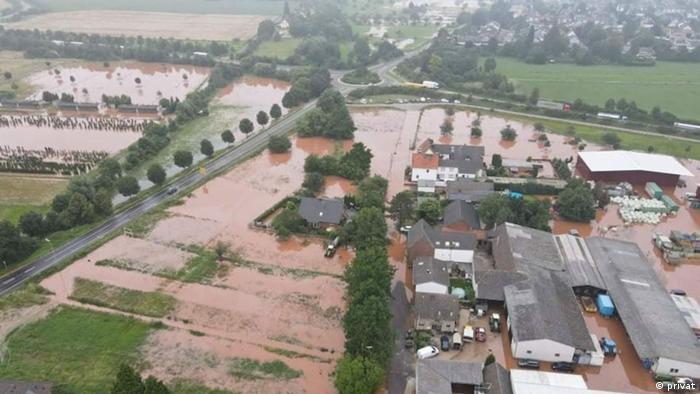 Затоплені стайні в районі Ерфтталь