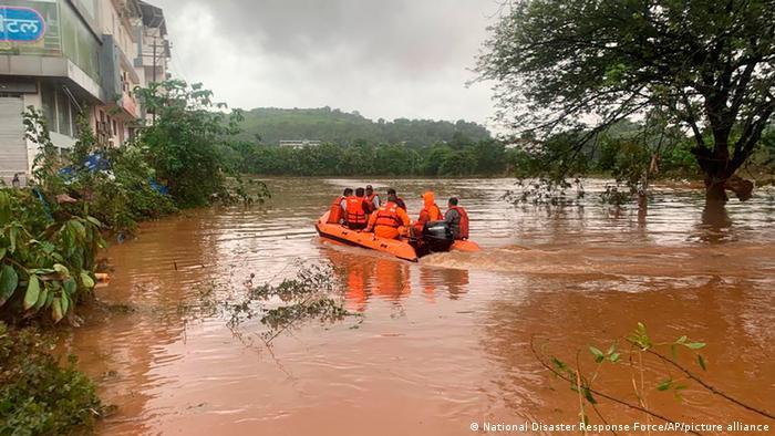 Indien Maharashtra | Überschwemmungen & Erdrutsch