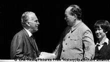 毛泽东1970年接见斯诺的历史图片