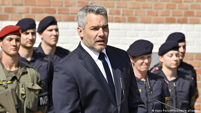 Innenminister Karl Nehammer ebenfalls bei der Pressekonferenz in der österreichischen Hauptstadt