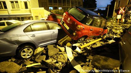 Belgien Dinant   Schäden nach Starkregen und Überflutung