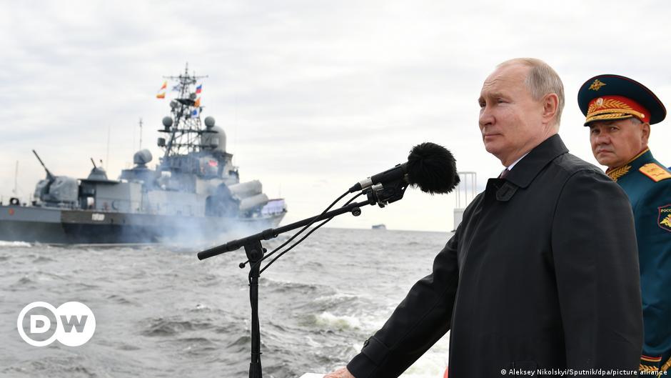 Putin warns of 'unpreventable' strikes by Russian navy