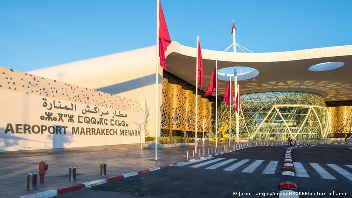 Marokko | Terminalgebäude am Flughafen Marrakesch