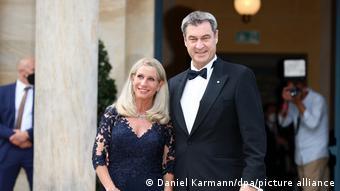 Με τη σύζυγό του στο Φεστιβάλ του Μπαϊρόιτ