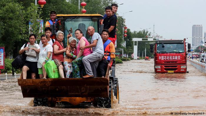 WS | China Überflutung in Weihui