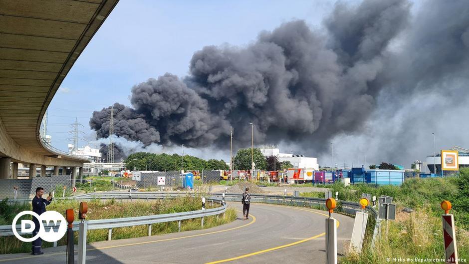 Explosion im Chemiepark Leverkusen: Zwei Tote, mehrere Verletzte