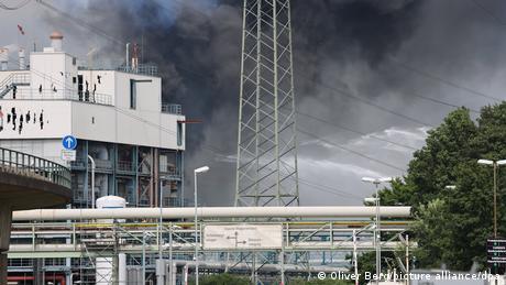Άγνωστα τα αίτια της ισχυρής έκρηξης στο Λεβερκούζεν