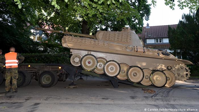 Nije bilo jednostavno otpremiti tenk iz Kiela