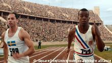 HANDOUT - Jesse Owens (Stephan James) im Kampf um die Medaillen bei den Olympischen Spielen 1936 in Berlin - eine Filmszene aus Zeit für Legenden. Das Drama kommt am 28.07.2016 in die Kinos. dpa (zu dpa-Kinostarts vom 21.07.2016) ACHTUNG: Nur zur redaktionellen Verwendung im Zusammenhang mit der Berichterstattung über den Film und nur bei Urhebernennung Foto: SquareOne/Universum/dpa +++ dpa-Bildfunk +++