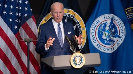 McLean, USA   Joe Biden zu Besuch bei ODNI