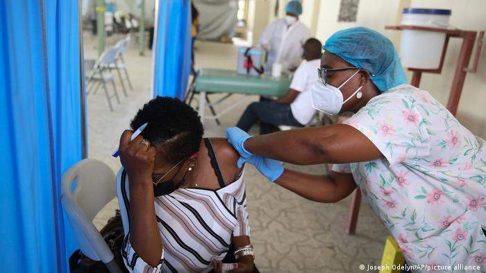 Covid-19 Impfungen mit Impfstoff aus der COVAX Initiative in Haiti