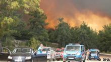 Waldbrand in Antalya bedroht Häuser
