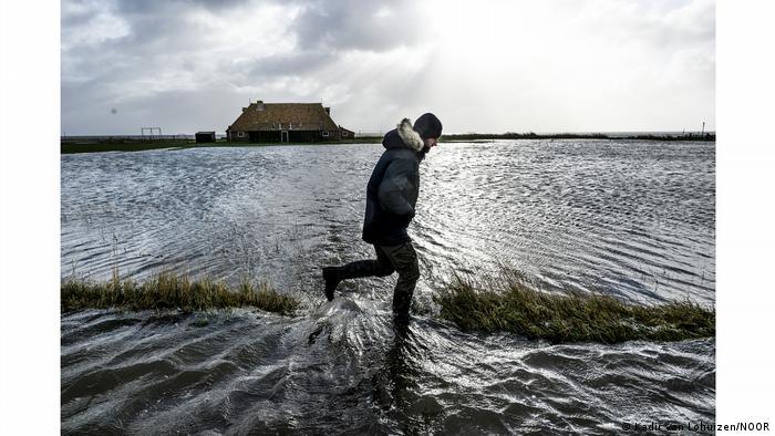 El mar sube, Países Bajos sufre.