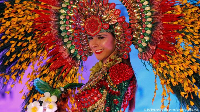 Miss Nicaragua Berenice Quezada attends the Miss Universe National Costume Show