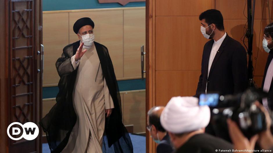 Iran: Amtsantritt eines ungeliebten Präsidenten