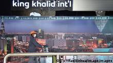 15.04.2020 200415 -- RIYADH, April 15, 2020 -- A man wearing a face mask walks at the King Khalid International Airport in Riyadh, Saudi Arabia, on April 15, 2020. Saudi Arabia announced on Wednesday the registration of 493 new COVID-19 cases, bringing the total number to 5,862. SAUDI ARABIA-RIYADH-COVID-19-CASES TuxYifan PUBLICATIONxNOTxINxCHN